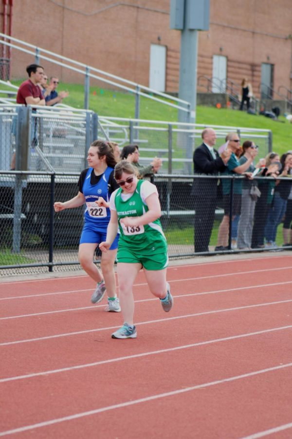 Senior Dana Meoli competed in the 100m dash.