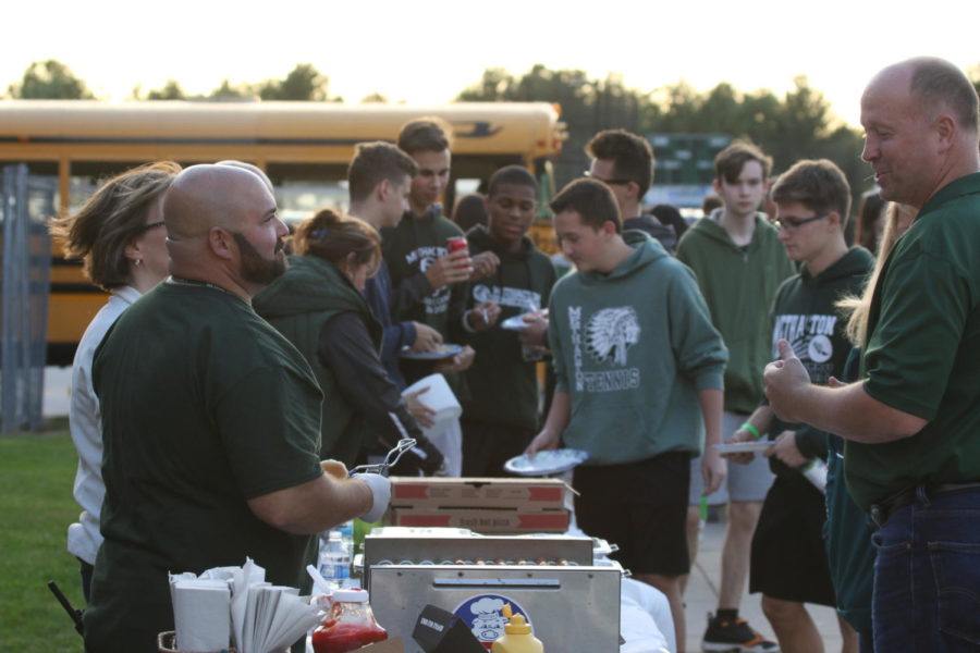 Spirit Week Concludes with Annual Tailgate